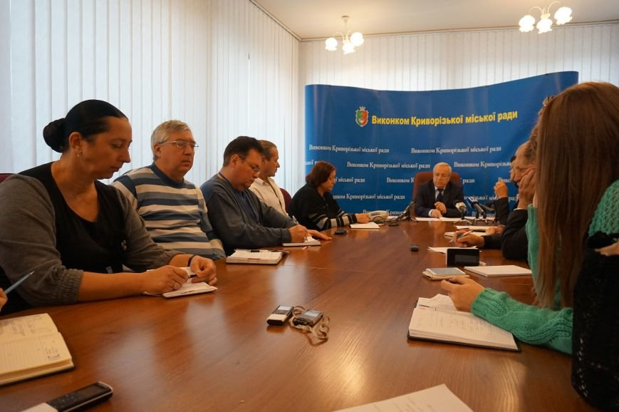 На последней сессии горсовета депутаты подвели итоги работы за последние 5 лет (ФОТО) (фото) - фото 2