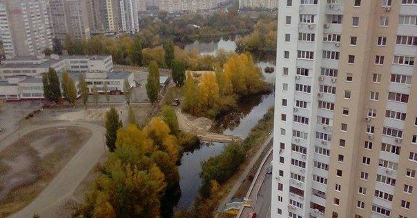 В Киеве засыпают озеро Жандарка (ФОТОФАКТ) (фото) - фото 1