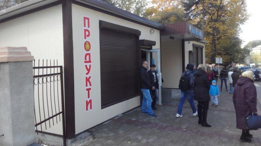 У Тернополі пограбували новозбудований продуктовий магазин (фото) (фото) - фото 1