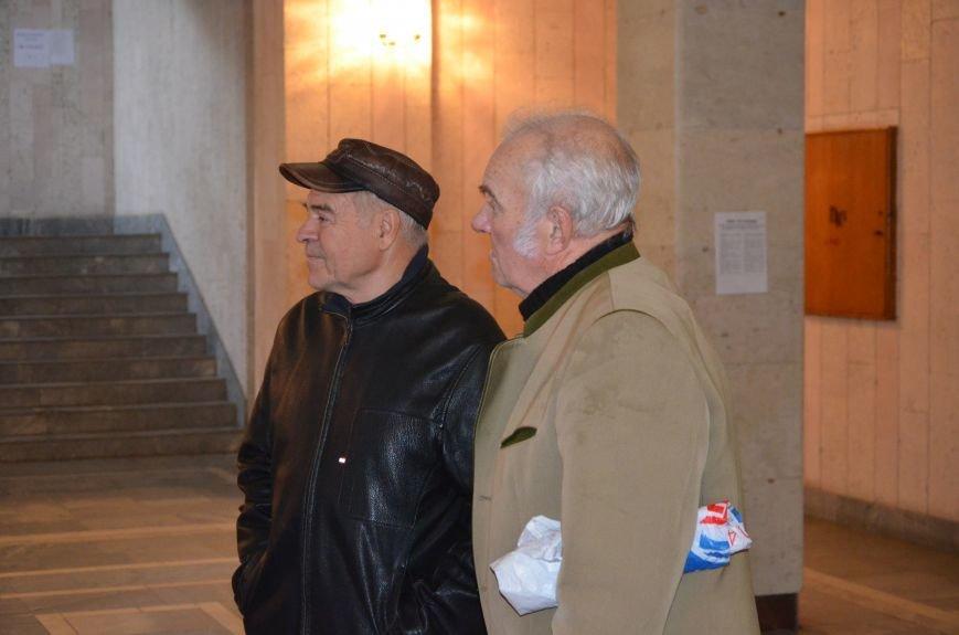 В Першотравневом и Володарском районе идет процесс голосования, фото-2