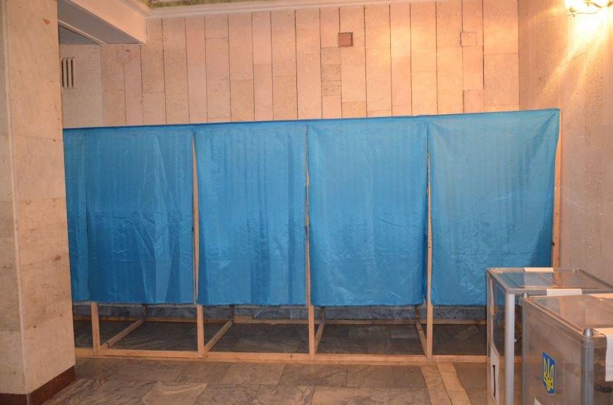 В Першотравневом и Володарском районе идет процесс голосования, фото-7