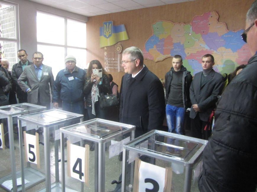 Кандидаты на пост мэра Днепропетровска тоже голосуют (ФОТО), фото-13