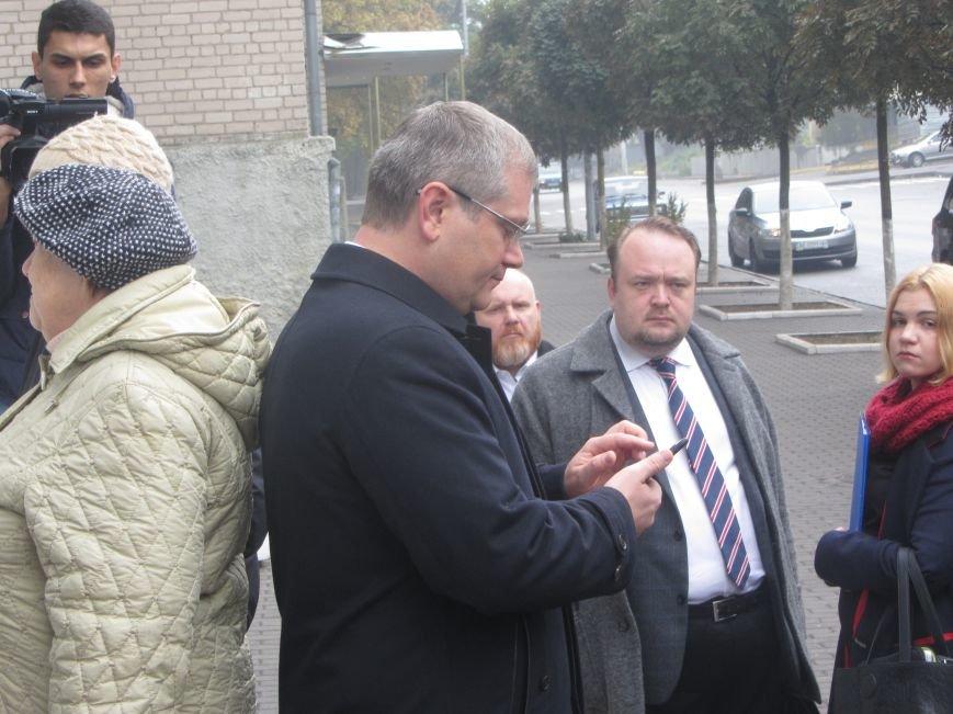 Кандидаты на пост мэра Днепропетровска тоже голосуют (ФОТО), фото-1