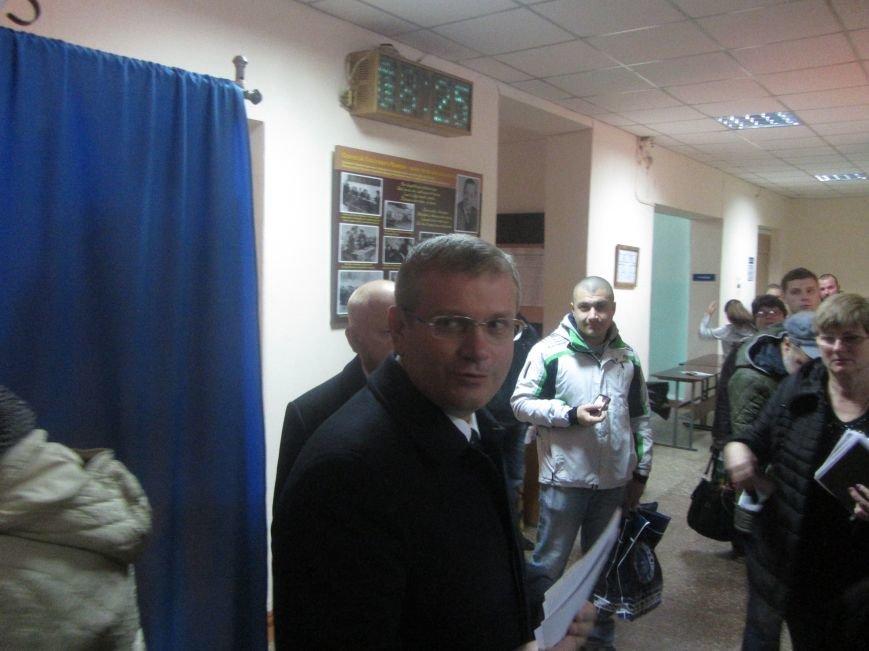 Кандидаты на пост мэра Днепропетровска тоже голосуют (ФОТО), фото-11