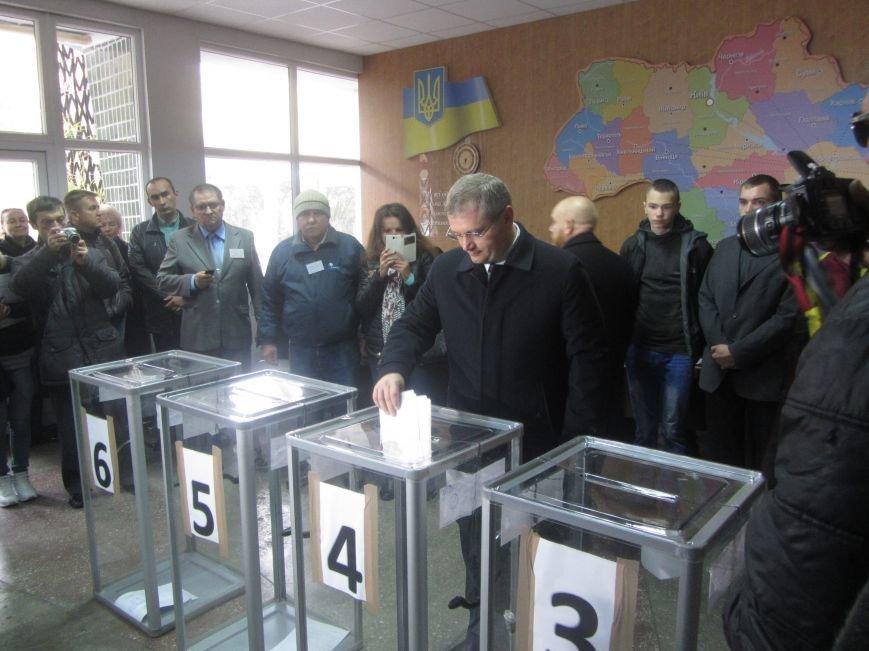 Кандидаты на пост мэра Днепропетровска тоже голосуют (ФОТО), фото-12
