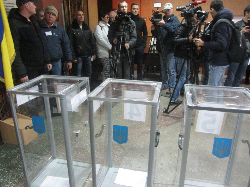 Кандидаты на пост мэра Днепропетровска тоже голосуют (ФОТО), фото-6