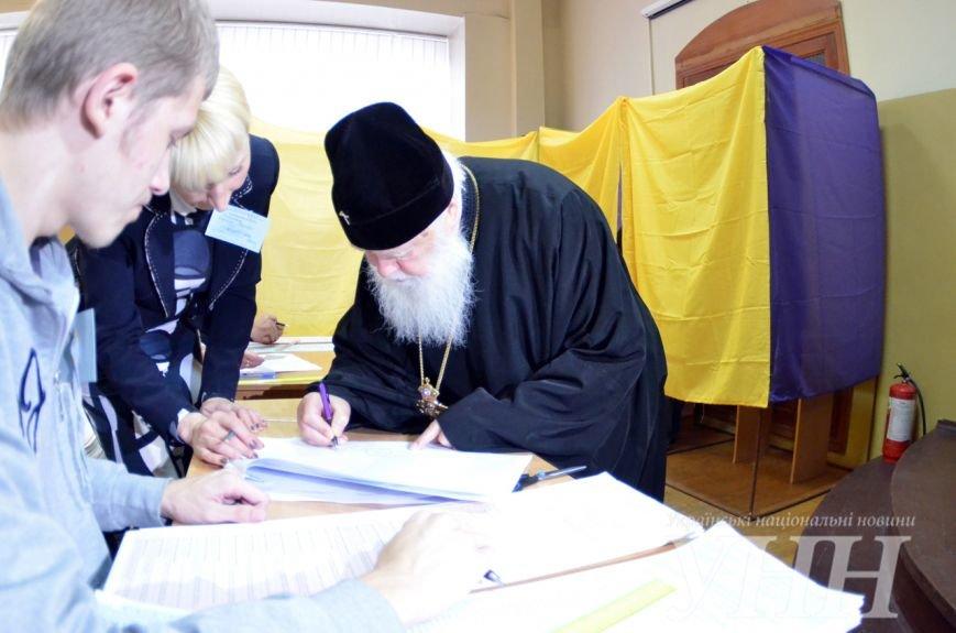 В Киеве одним из первых проголосовал Святейший Патриарх Филарет (ФОТО) (фото) - фото 1