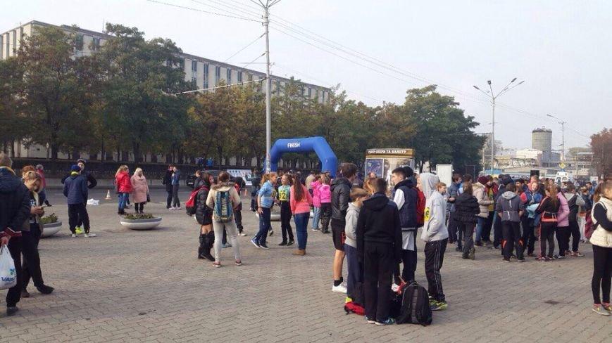 В Днепропетровске состоялся пробег в честь Дня освобождения города (ФОТО) (фото) - фото 1
