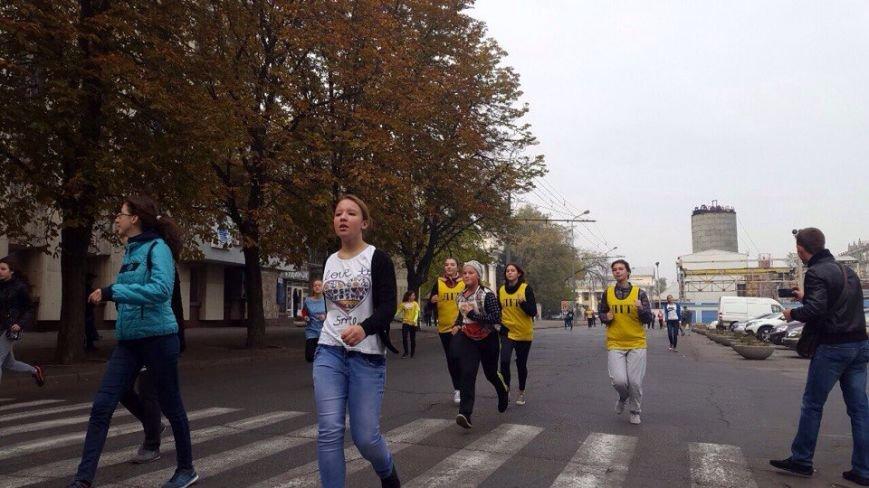 В Днепропетровске состоялся пробег в честь Дня освобождения города (ФОТО) (фото) - фото 7