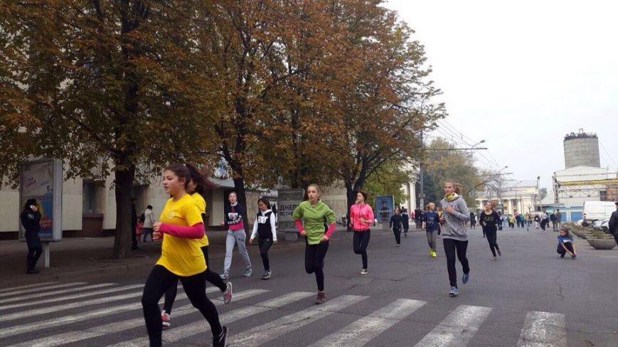 В Днепропетровске состоялся пробег в честь Дня освобождения города (ФОТО) (фото) - фото 2