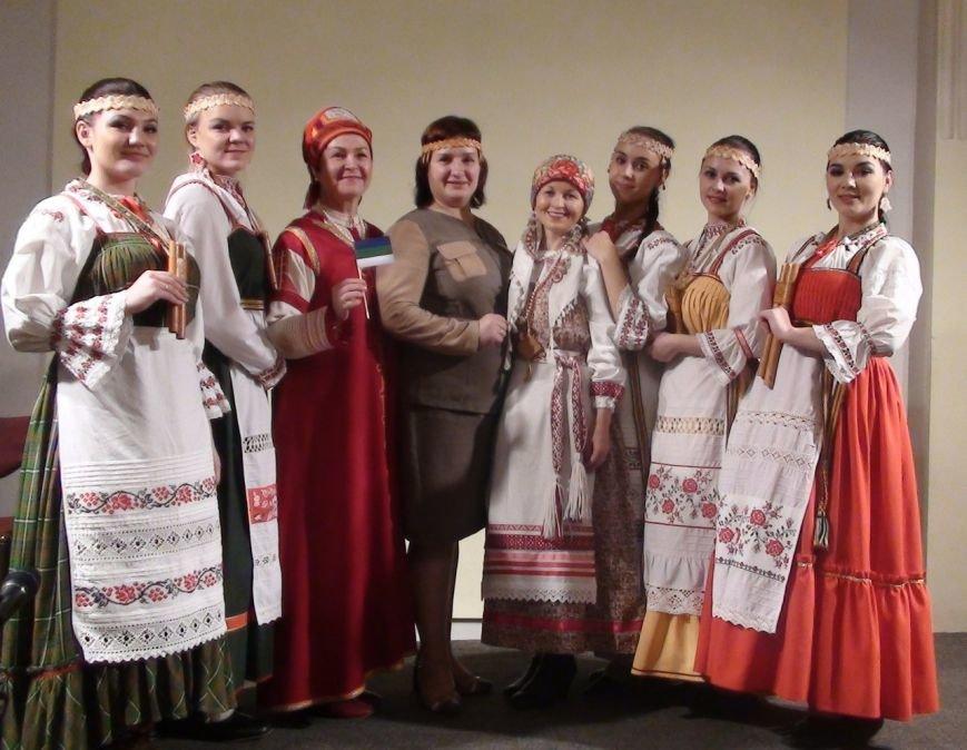 Таллинцы влюбились в сыктывкарских студенток (фото) - фото 1