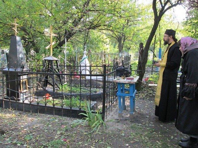 В Новошахтинске перезахоронят останки иеромонаха Серафима (фото) - фото 1