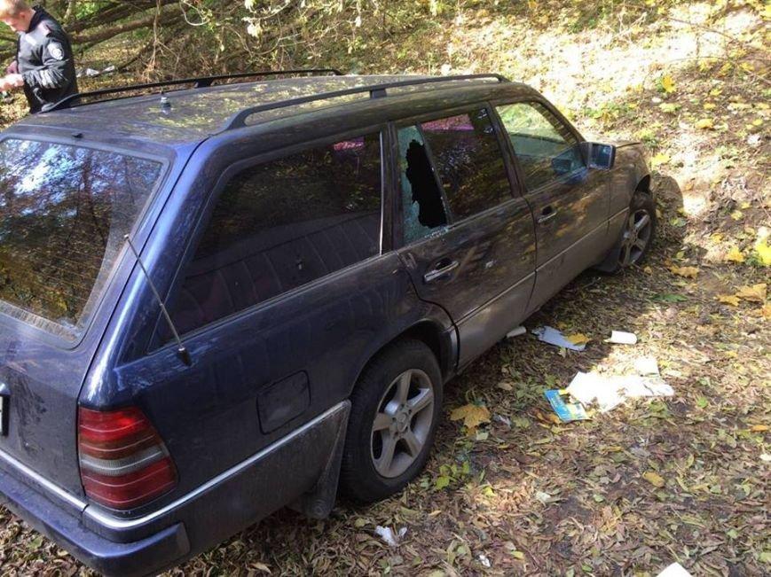 У Львові неповнолітні викрали автомобіль кримського активіста (ФОТО), фото-2