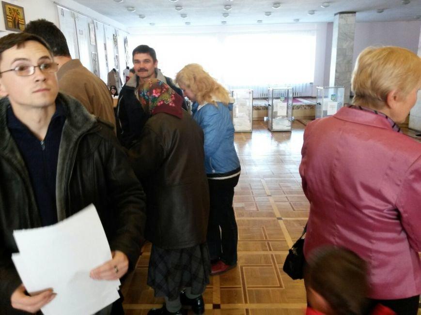 У Франківську триває процес голосування (ФОТО), фото-4