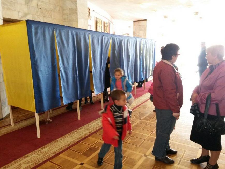 У Франківську триває процес голосування (ФОТО), фото-7