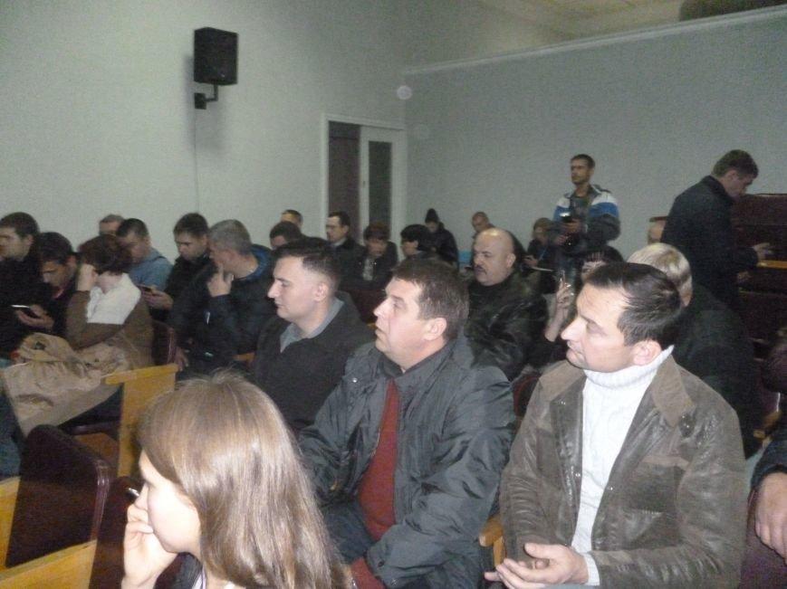 Красноармейский избирком: 20.00 давно миновало, но заседание все еще начинают ... с минуты на минуту (фото) - фото 2