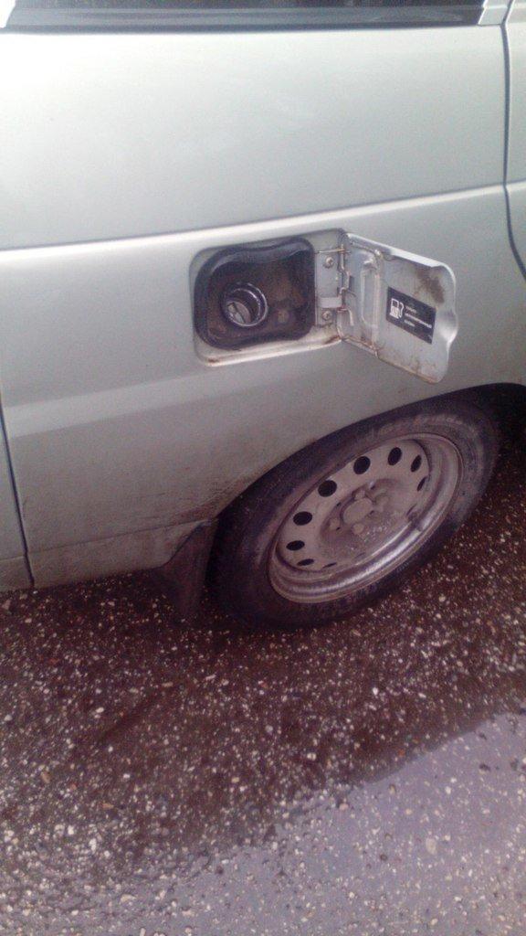 В Новом городе и Киндяковке покалечили машины (фото) - фото 2