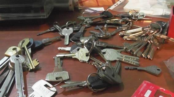 В Киеве в квартире наркодиллера милиция обнаружила оружие и боеприпасы (ФОТО, ВИДЕО) (фото) - фото 2