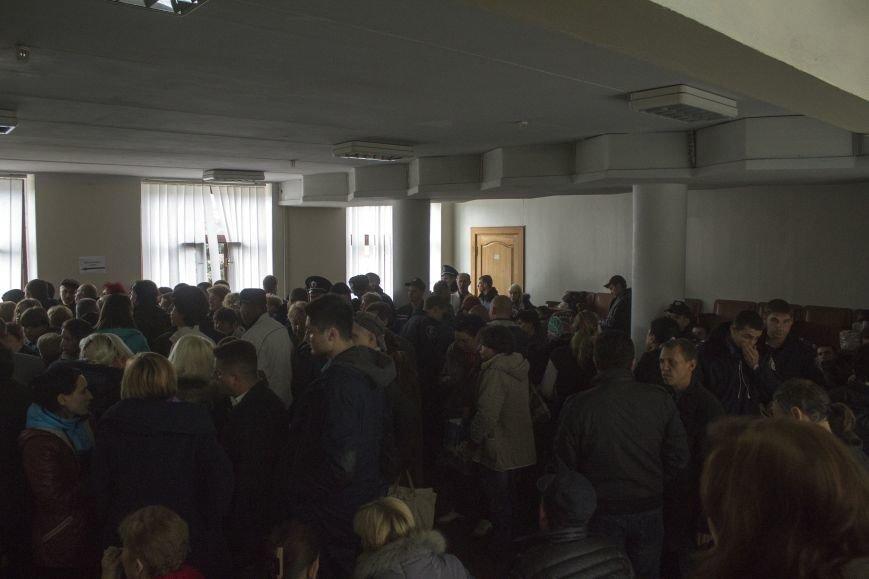Городская избирательная комиссия Днепродзержинска работает в напряженной обстановке, фото-3