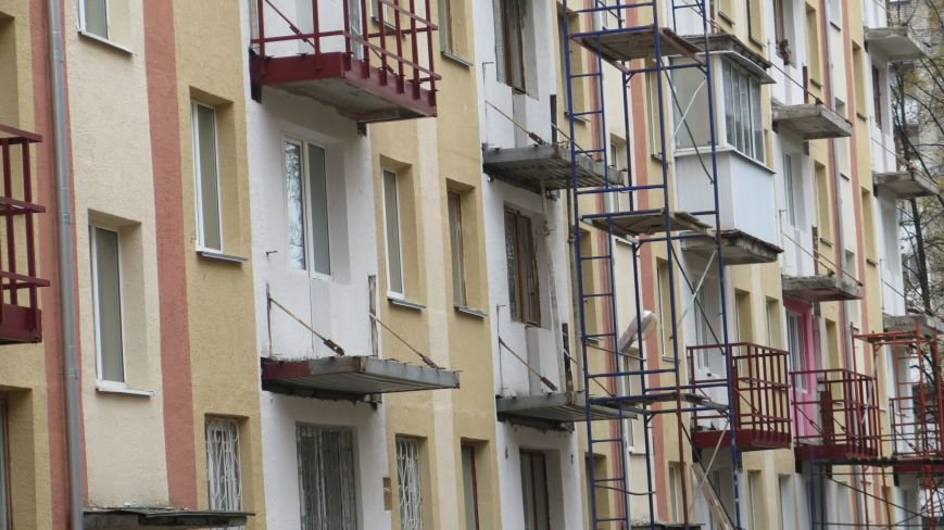 Фотофакт: сроки на реставрацию балконов в Новополоцке вышли, а работа в самом разгаре, фото-4