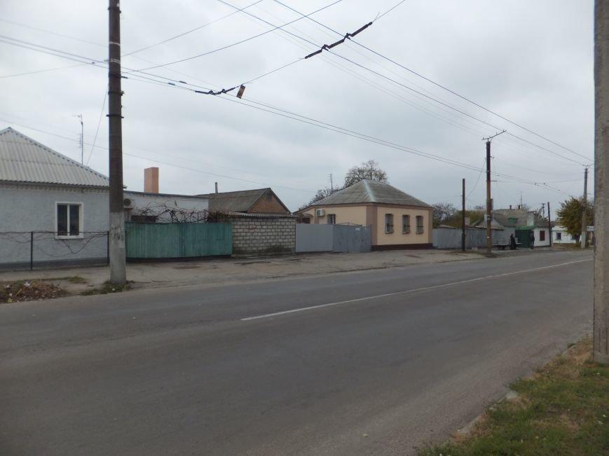 Фотофакт. В Кировограде во время во время избирательной кампании перенесли остановку и оставили ее без крыши (фото) - фото 1