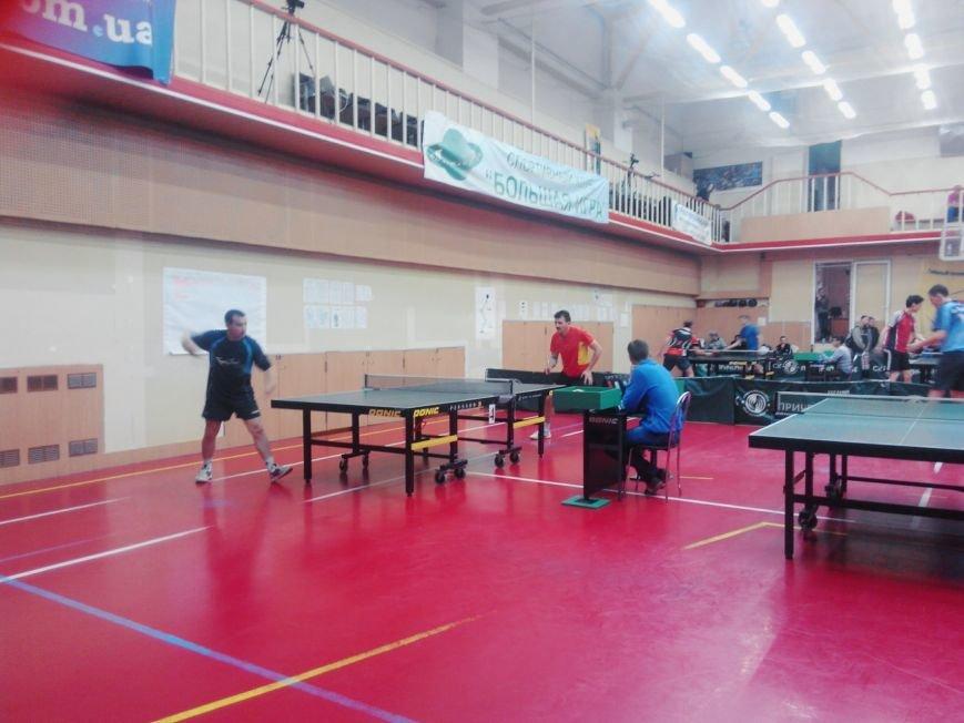 Красноармейские спортсмены успешно показали себя в престижном турнире по настольному теннису в Днепропетровске (фото) - фото 2