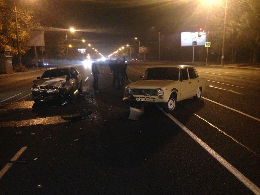 ДТП в Днепропетровске: столкнулись «ВАЗ» и «Ланос» (ФОТО) (фото) - фото 3