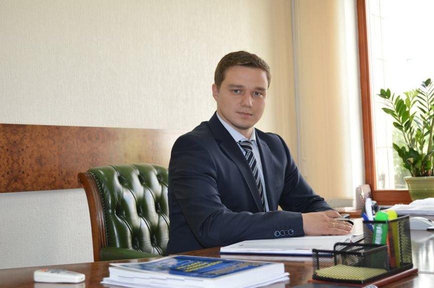 Конкурсный набор в НАБ успешно проходят аферисты: СБУ-шного стукача, проходимца Хижняка из «Украинского выбора» не допустили к корыту пользователи соцсетей (фото) - фото 1