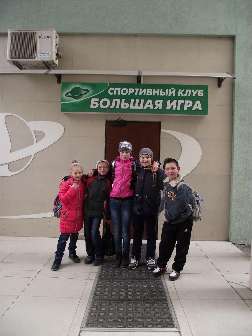 Спортсмены Красноармейской ДЮСШ продемонстрировали высокие результаты на международном турнире «Белые молнии» (фото) - фото 1