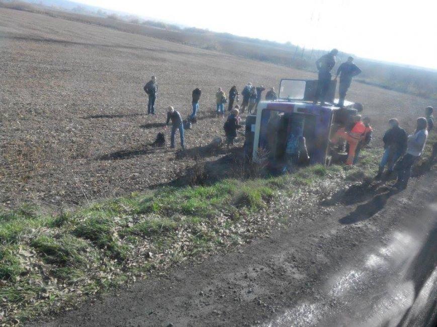 Свідок ДТП за участю пасажирського автобуса опублікував фото з місця аварії (ФОТО), фото-1