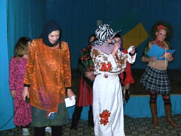 В Днепродзержинской исправительной колонии состоялся конкурс частушек (фото) - фото 2