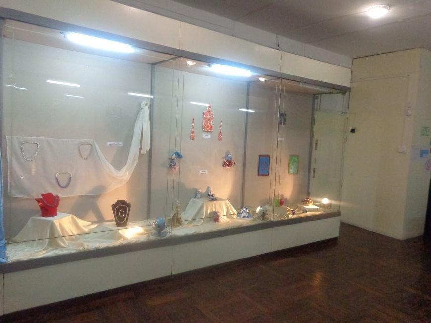В Красноармейском историческом музее презентовали многогранную выставку «Українська душа» (фото) - фото 5