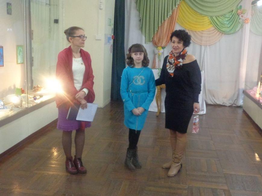 В Красноармейском историческом музее презентовали многогранную выставку «Українська душа» (фото) - фото 3