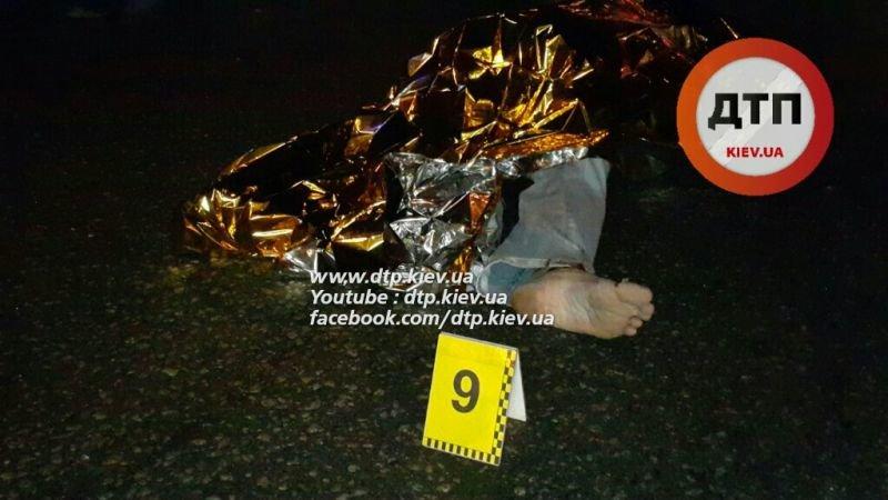 На Московском проспекте водитель автокофейни насмерть сбил мужчину (ФОТО, ВИДЕО), фото-3