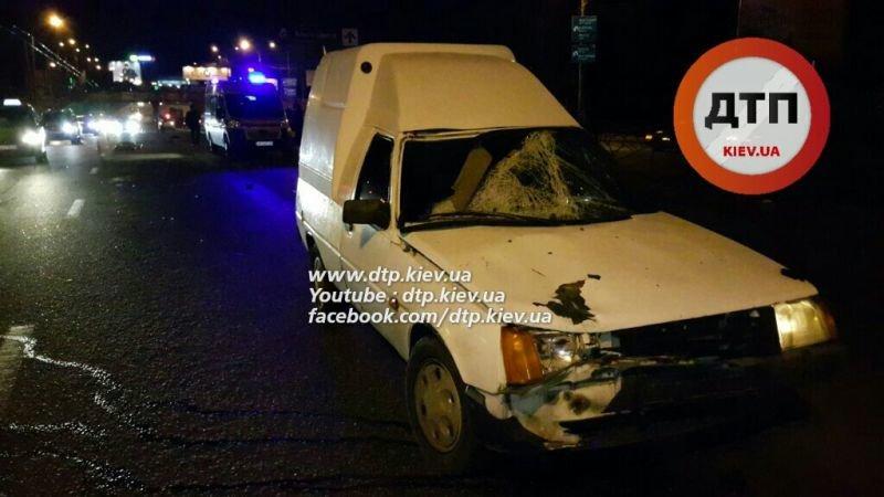 На Московском проспекте водитель автокофейни насмерть сбил мужчину (ФОТО, ВИДЕО), фото-5