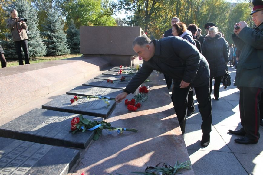 Николаевцы отметили 71-ю годовщину освобождения Украины от фашистских захватчиков (ФОТО), фото-10
