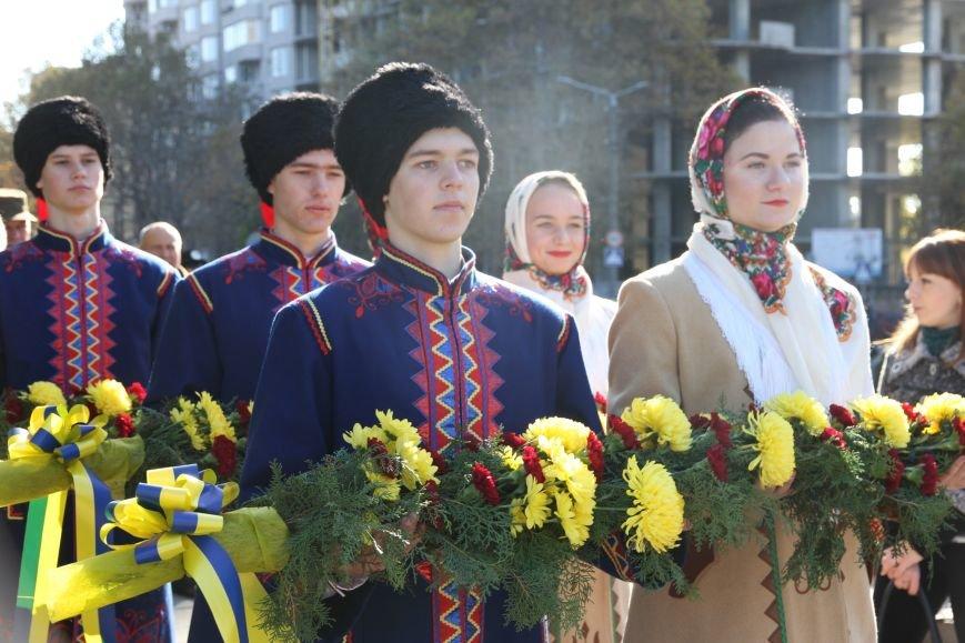 Николаевцы отметили 71-ю годовщину освобождения Украины от фашистских захватчиков (ФОТО), фото-1
