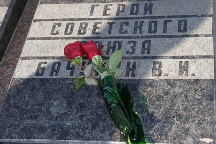 Николаевцы отметили 71-ю годовщину освобождения Украины от фашистских захватчиков (ФОТО), фото-11