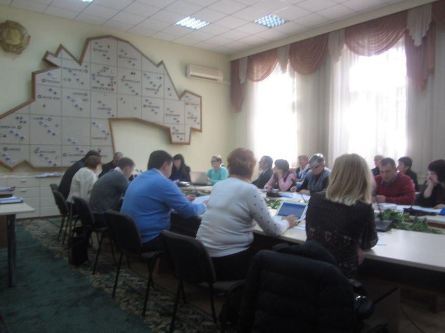 Выборы: как областная и городская избирательные комиссии голоса днепропетровцев считают (ФОТО) (фото) - фото 1