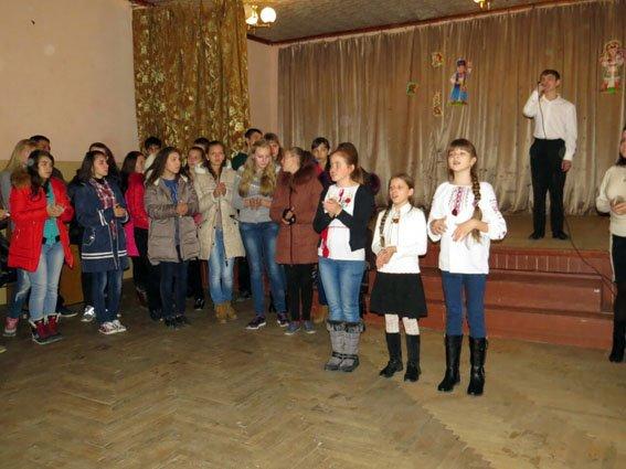 «Схід і захід - разом». Діти з Донбасу два тижні провели в мальовничому Закарпатті (фото) - фото 1