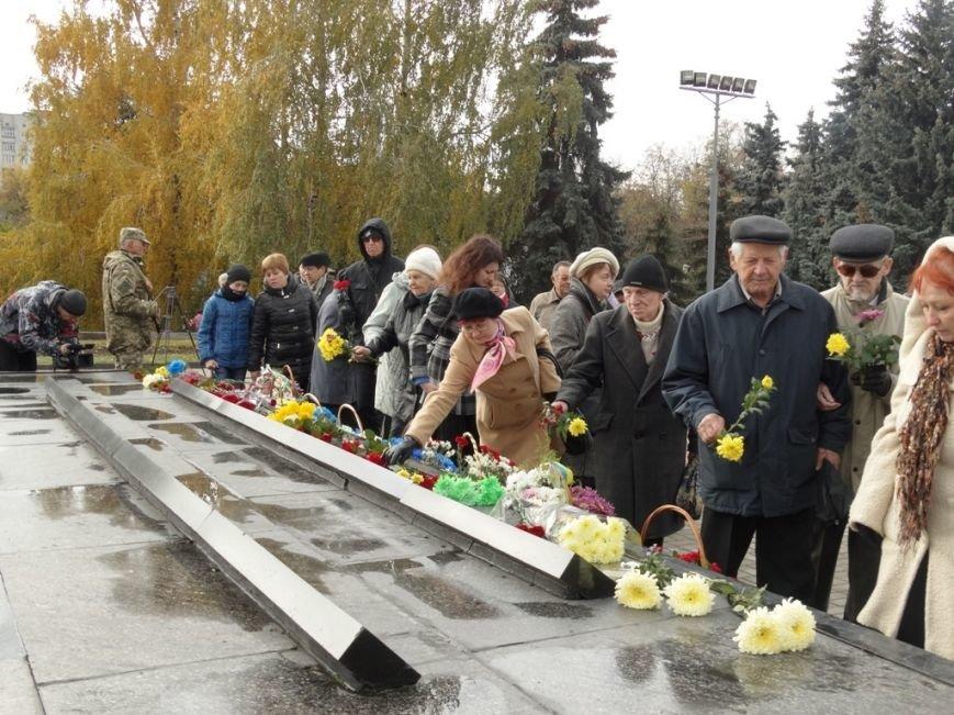 В Сумах отметили 71-годовщину освобождения Украины от фашистских захватчиков (ФОТООТЧЕТ), фото-3