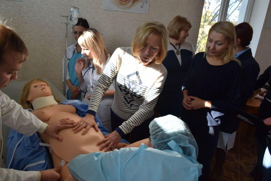 Николаевских врачей научат принимать роды у роботов (ФОТО) (фото) - фото 3