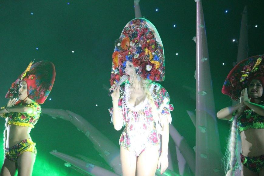 Ольга Полякова в Днепропетровске сравнивала себя с Киркоровым и пригласила на сцену танцующего коня (ФОТО) (фото) - фото 5