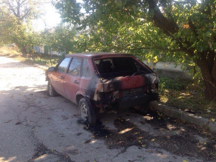 Симферопольцы обеспокоены участившимися случаями поджога автомобилей в городе (ФОТО), фото-5