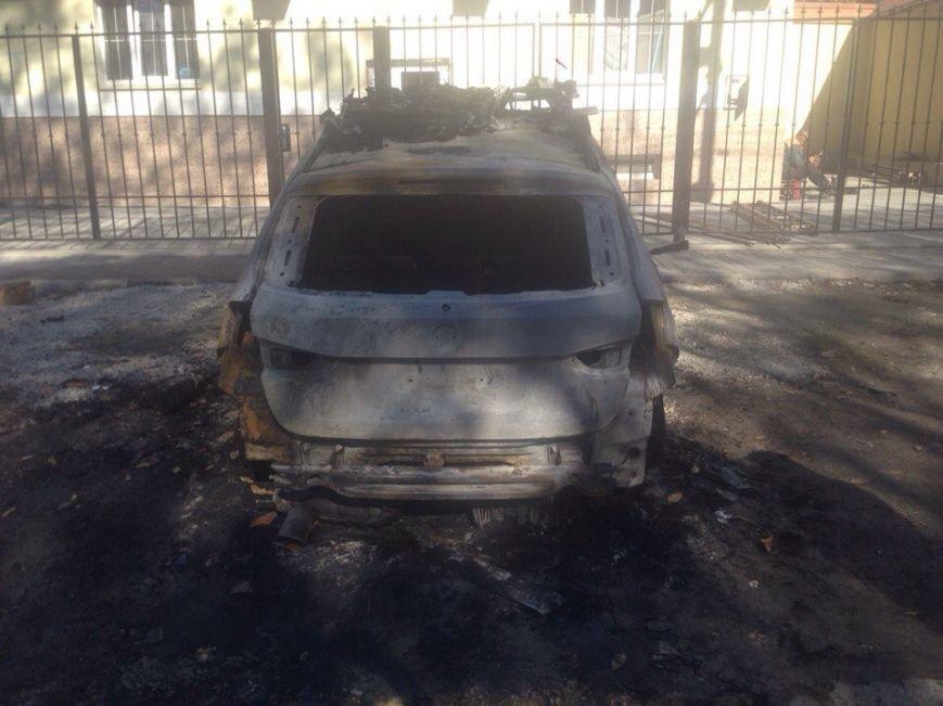 Симферопольцы обеспокоены участившимися случаями поджога автомобилей в городе (ФОТО) (фото) - фото 2
