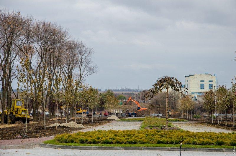 В Синельниково строят первый парк для отдыха (фото) - фото 2