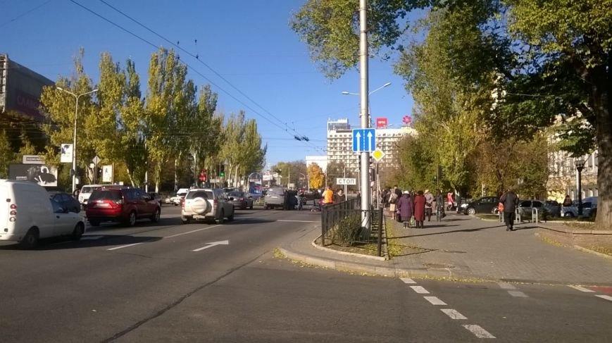 Боевики «ДНР» в центре Донецка протаранили авто, а затем зверски избили водителя (ФОТО), фото-2