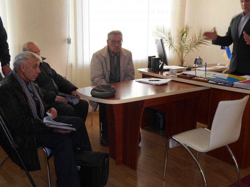 Заседание комиссии по декоммунизации сорвалось (фото) - фото 2