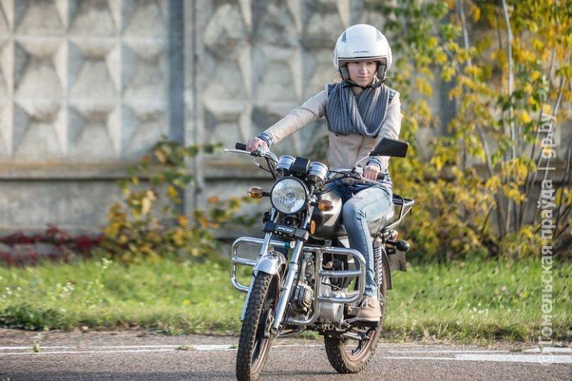Бизнес по-гомельски: молодой предприниматель купил мотоцикл и сдает его напрокат всем желающим (фото) - фото 2