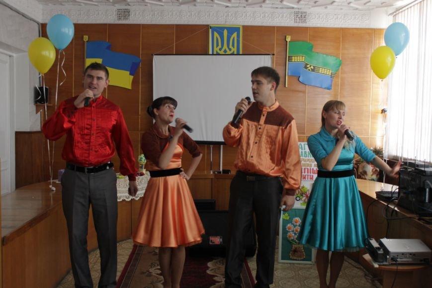 Добропольским социальным работникам устроили праздник (ФОТО), фото-10
